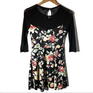 Forever 21 Floral Print Sheer 3/4 Sleeve Dress